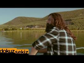 Koray Avcı – Aşk Sana Benzer (Official Video)
